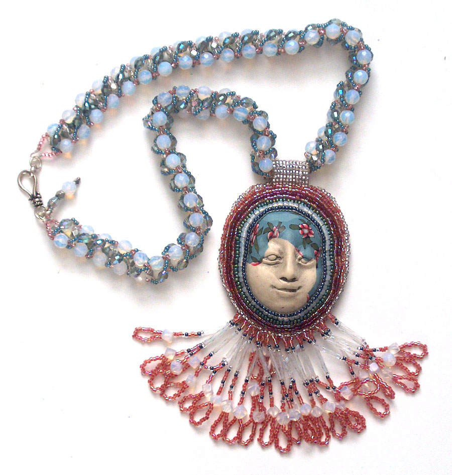 face-necklace